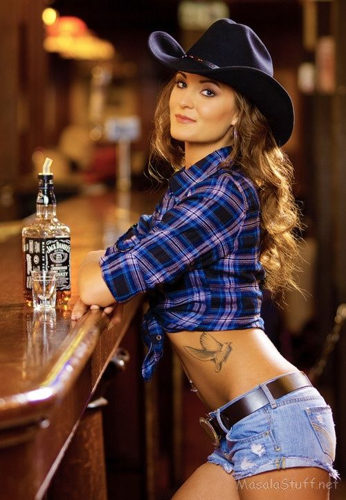 mountainside lesbian singles Lesbian romance - cowgirl chivalry: an erotic mountainside adventure lavender love erotic shorts (lesbian erotica single stories)lesbian sex stories.