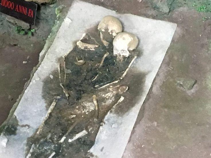 Calabria nel geosito della Grotta del Romito il cranio di un bambino risalente al Paleolitico