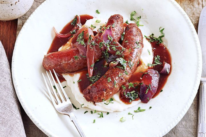 Bangers and mash with red onion gravy