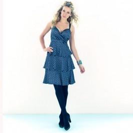 Polkadot jurk, Het leven is een feestje in deze zwart-witte polkadot jurk met klokkende stroken.