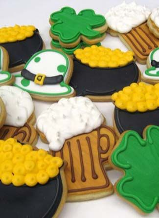 Cute Cookies: Cookies Ideas, Design Maybe, Potofgold Glasses, Cookies Design, St. Patrick'S Day, Glasses Cookies, Pots Of Gold, Design Pin, Cute Cookies