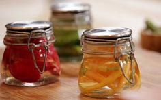 Como fazer rabanete, cenoura baby e picles em conserva