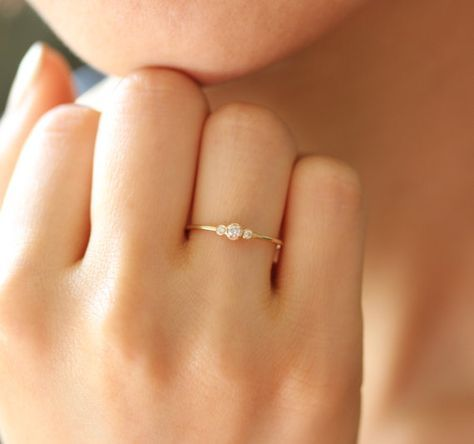 Three Stone Round Diamond Engagement Ring,Bezel Set Engagement Wedding Band, Wedding Band,Half Eternity Band Prong Setting,Stackable Ring