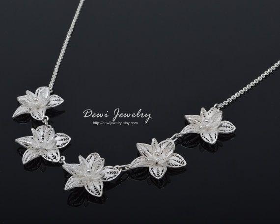 925 Sterling Silver Filigree Blooming Flowers Necklace, Sterling Silver Necklace #etsymnt #silver