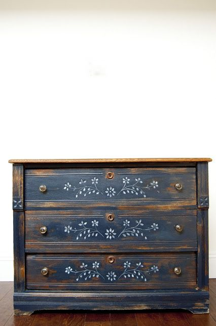 Furniture Feature Friday – Link Party & Favorites GB- I like this chest with the little dot flowers