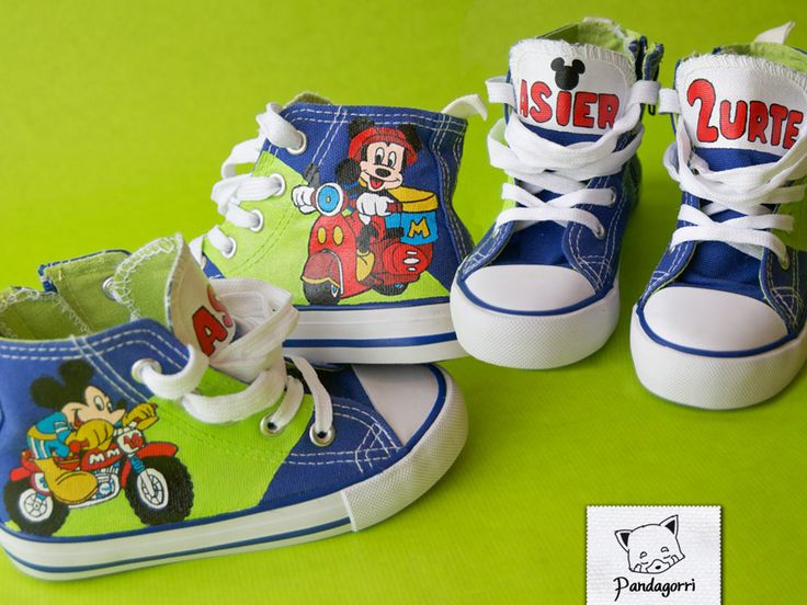 Zapatillas Mickey Mouse motorista by Pandagorri on DeviantArt