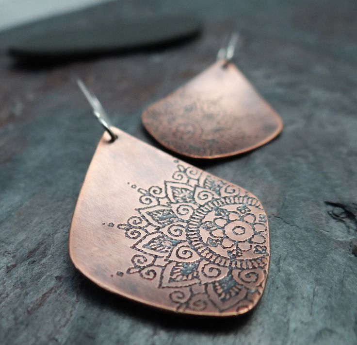 Etched Mandala Earrings // copper dangles with sterling silver ear hooks // artisan jewelry (3719)