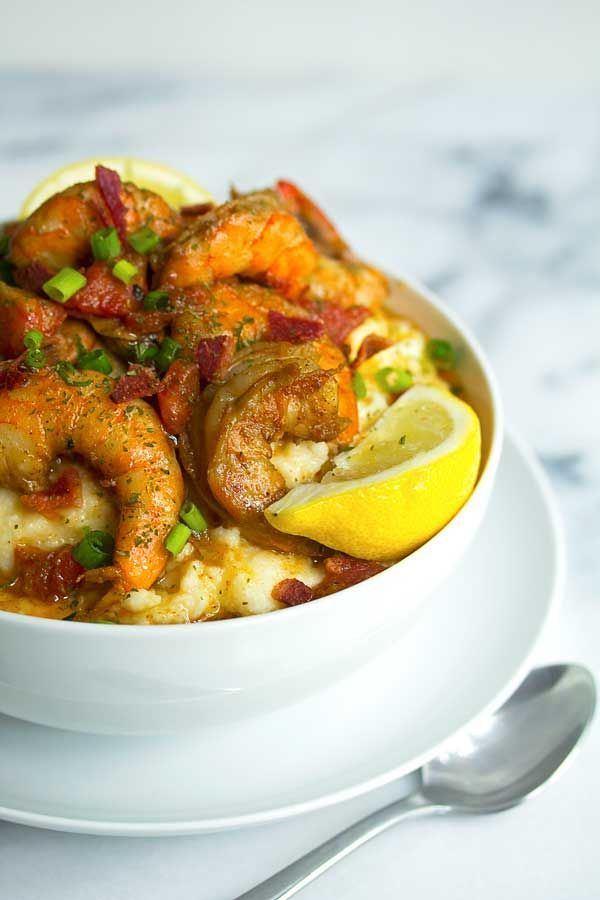 Cajun, New Orleans #flavor mixed with all the comforts of grits make this BBQ Shrimp and Grits the perfect meal for this week.