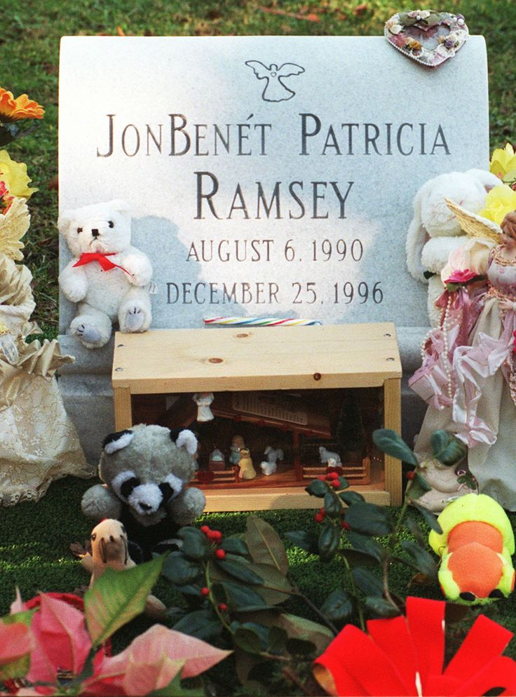 The 7 JonBenét Ramsey Theories You Need To Know #refinery29  http://www.refinery29.com/2016/09/122787/who-killed-jonbenet-ramsey-theories