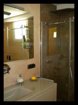 Progettazione e realizzazione bagno vasca da bagno in - Doccia in muratura ...