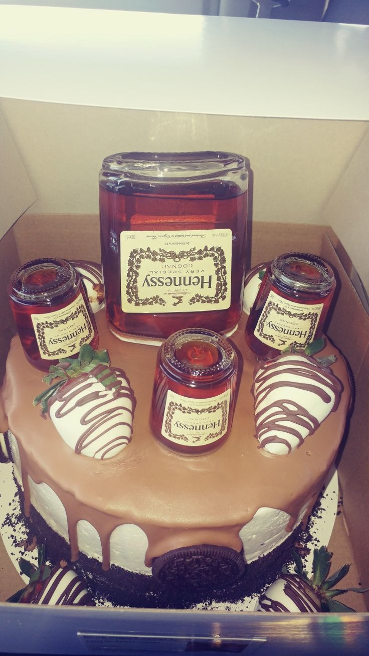 Hennessy Cake With Chocolate Covered Strawberries Amp Oreos