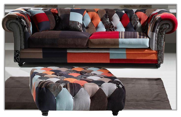 La #decoración barroca incluye tonos oscuros, mezcla de estampados y #muebles con muchos detalles. Mucho más sobre este estilo que vuelve con fuerza y con aires renovados...¡En nuestro blog!