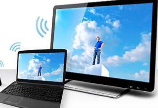 Como Conectar la TV al ordenador Todos sabemos que actualmente la mayoría de ordenadores emplean monitores digitales con tecnología LCD. Este tipo de monitores son distintos de cualquier televisor de alta definición. Así que es muy útil conectarlos a tu ordenador para que tengas mayor y mejor espacio de trabajo.