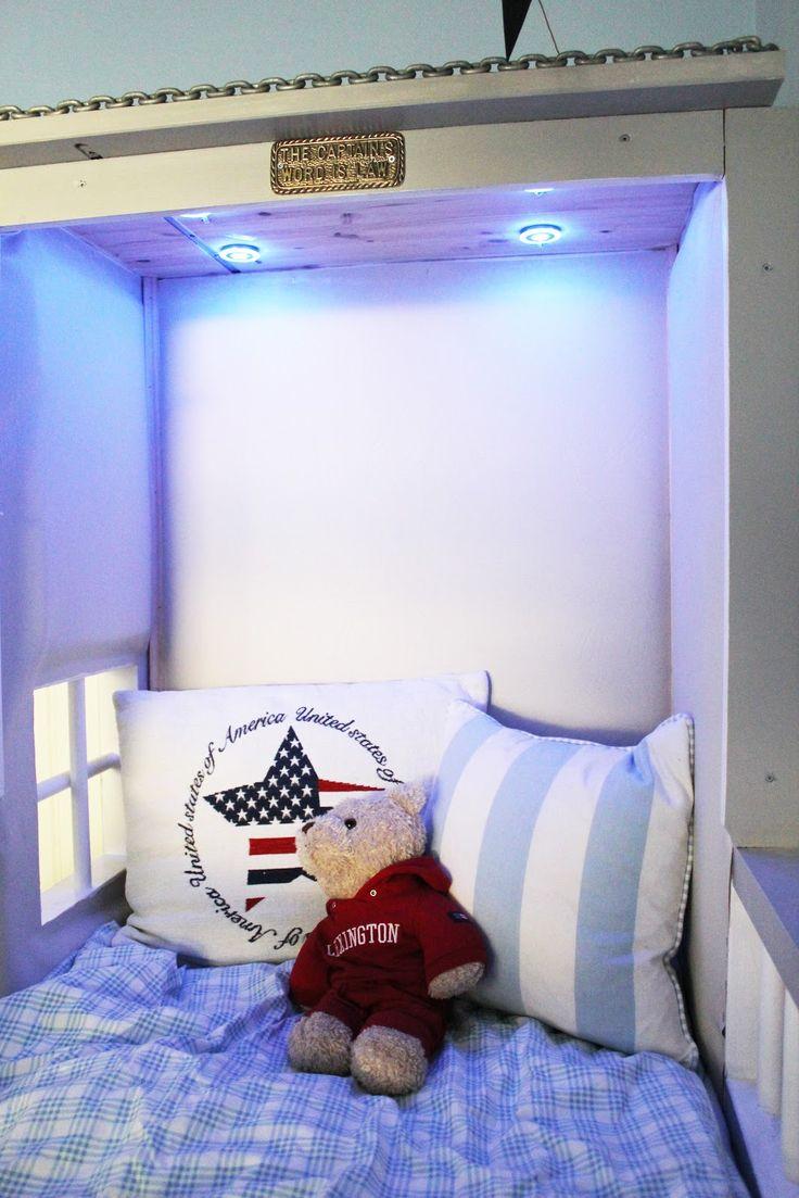 ...Miss Susie and the bandits...: Sjørøverskip-sengen er ferdig!!!