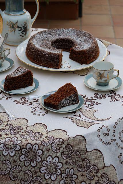 La asaltante de dulces: Receta de bizcocho de zanahoria y chocolate/ Carrot & chocolate sponge cake recipe. Love it!
