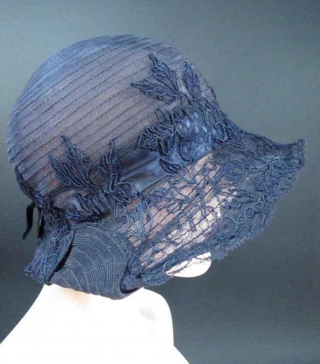 Jordan's Boston French Millinery Salon Vintage 1920's Blue Straw Cloche Hat. I would SO love to wear this next Derby Day!