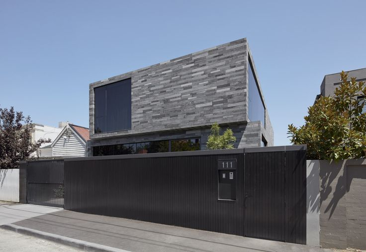 Gallery of Canterbury Road Residence / B.E Architecture - 2