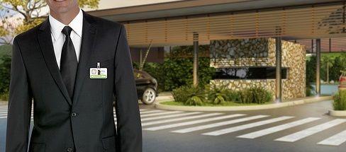 Possuímos controladores de acesso profissionais, treinados e capacitados para o exercício de suas funções, além de todos trabalharem devidamente uniformizados e com crachá de identificação.  O Grupo Maximus é uma empresa com 15 anos de mercado e expertise em terceirização de serviços e eventos
