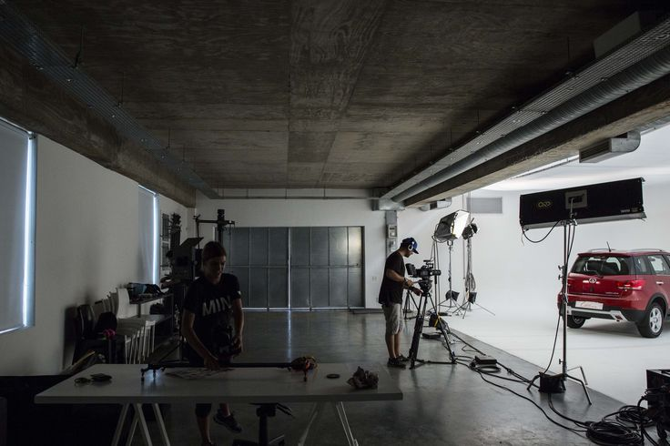 ROODEBLOEM STUDIOS    Stills    Film    Events    Gear Rental    Venue Hire