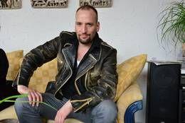 Musik im Blut: Robert Gläser von SIX ist auch Gastmusiker, Produzent, Arrangeur und Songschreiber.