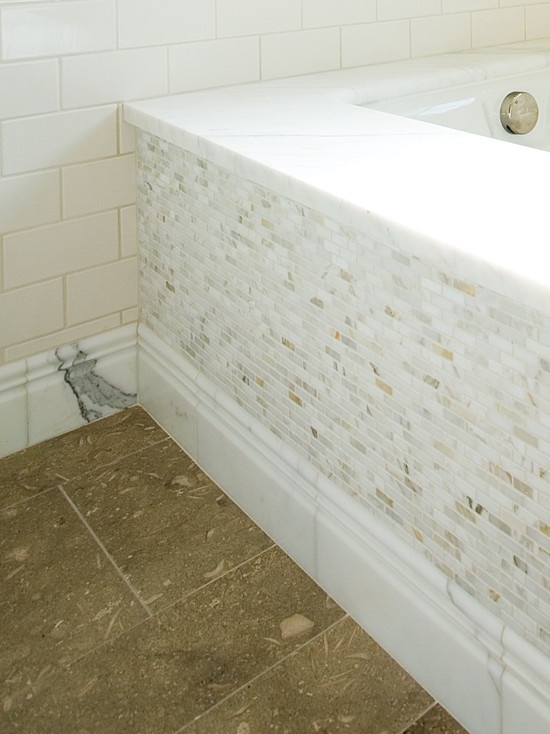 Calacatta gold bathroom