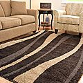 Hand-woven Ultimate Dark Brown/ Cream Shag Rug (5'3 x 7'6)