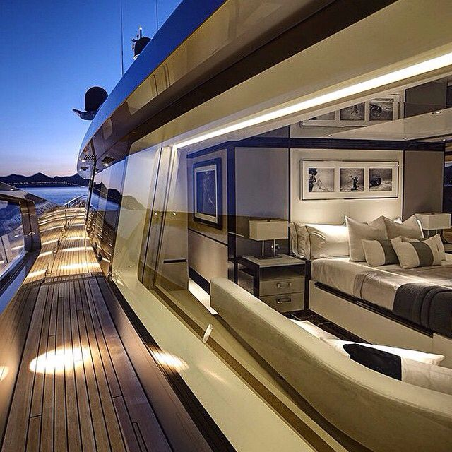 Best 25+ Luxury Yacht Interior Ideas On Pinterest