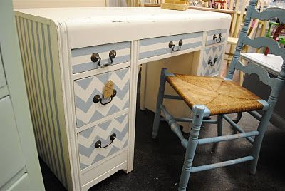 diddle dumpling: Before and After: Chevron Desk/Vanity and Vintage High Chair