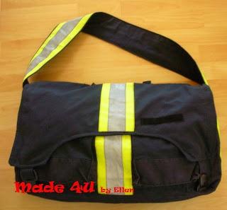 Sporttas gemaakt van een uitrukpak van de brandweer