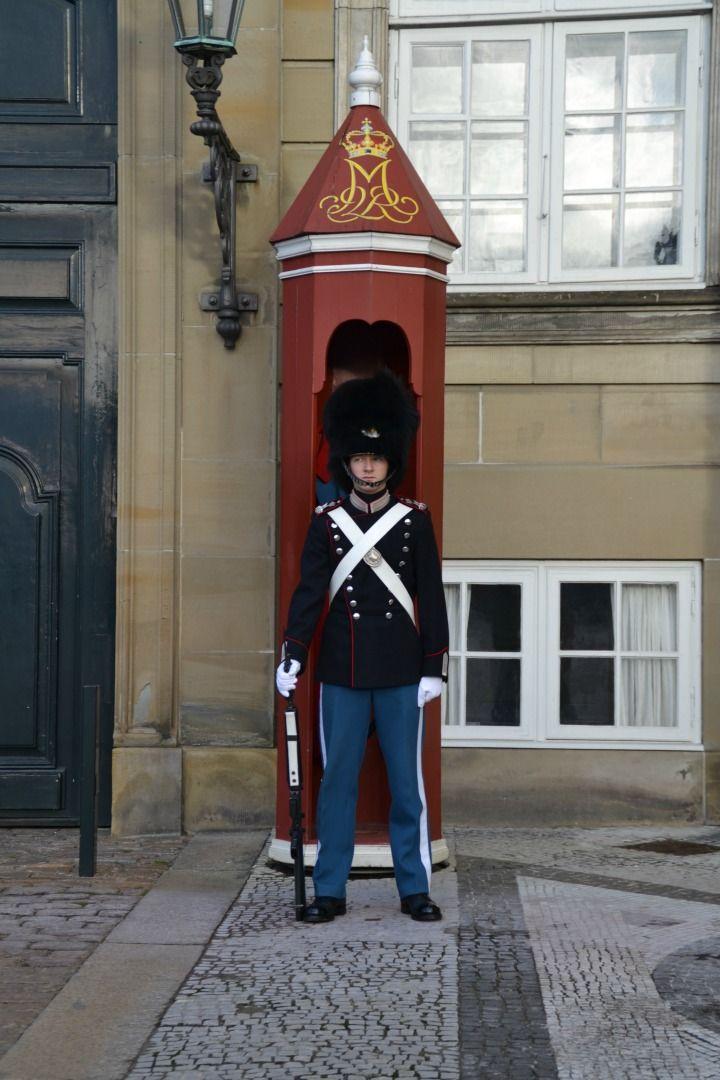 Vagt på Amalienborg