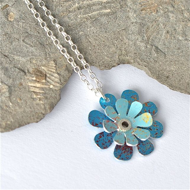 Spring flowers necklace - turquoise £18.95
