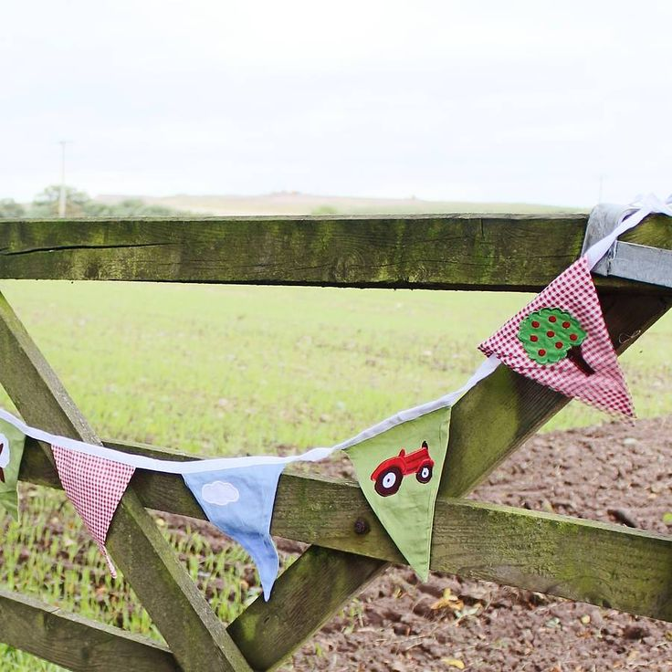 Red Tractor Farm Bunting