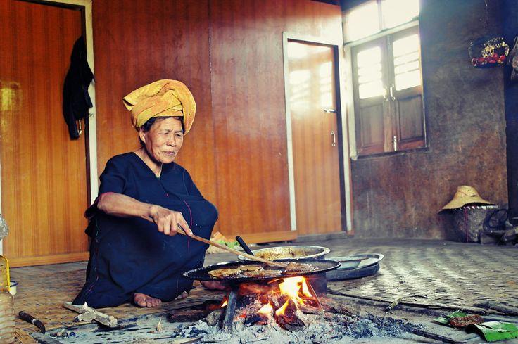 tribal woman near Kalaw, Myanmar