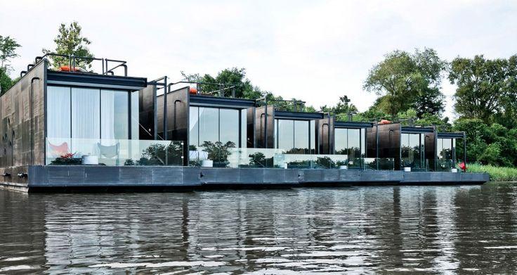 Maisons flottantes conçues par Agaligo Studio en Thaïlande