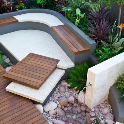 Curved garden bench seat combining timber and concrete (or terrazzo?) Australian Garden Design, Pictures, Remodel, Decor and Ideas