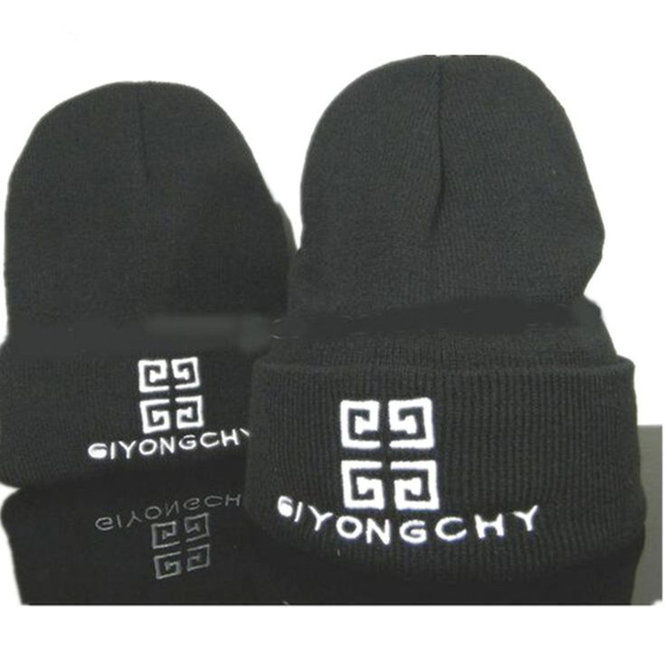 4.75$ (More info here: http://www.daitingtoday.com/gd-winter-hat-warm-skullies-beanie-knitted-men-kids-women-ski-hat-star-style-hip-hop-hat-gift-solid-black-sport-hat-h156242 ) GD Winter Hat Warm Skullies Beanie Knitted Men kids Women Ski Hat Star Style Hip-hop Hat Gift Solid Black Sport Hat H156242 for just 4.75$