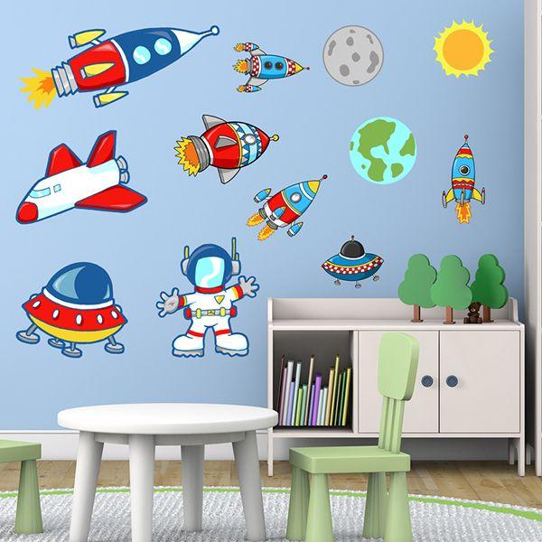 Adesivi per bambini: Space. pianeti , astronauta e razzi. Adesivi murali bambini a kit. #adesivimurali #decorazione #modelli #mosaico #spazio #razzi #navi #StickersMurali