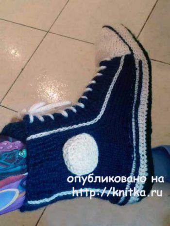 Вязаная спицами женская обувь. Работа Людмилы. Вязание спицами.