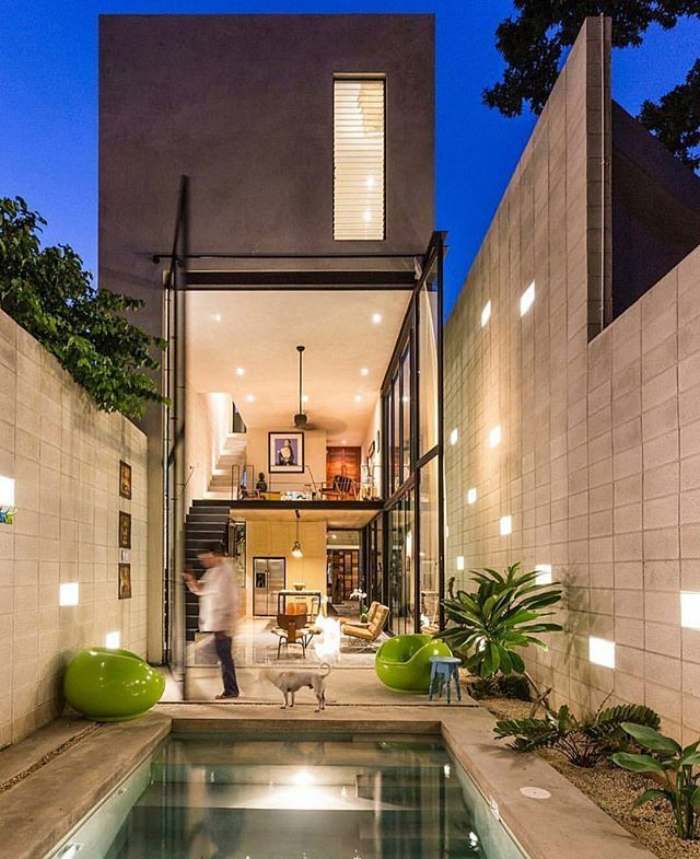 Would you want this door?! Casa Desnuda by Taller Estilo @dopearchitect