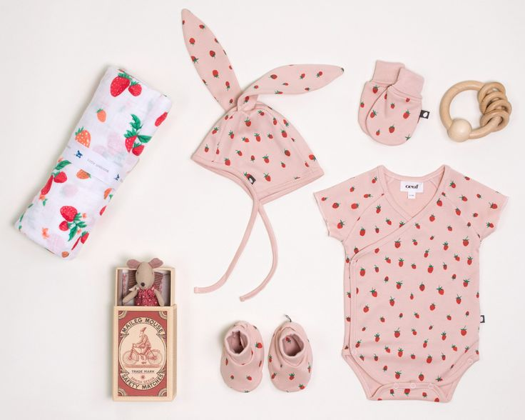 Baby Gifts Via Post : Best ideas about baby gifts on