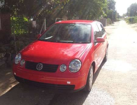 VW polo 2004 model leather interior n heated seats for sale http://www.siyasomarket.com/classified/clsId/14950/vw_polo_2004_model_leather_interior_n/