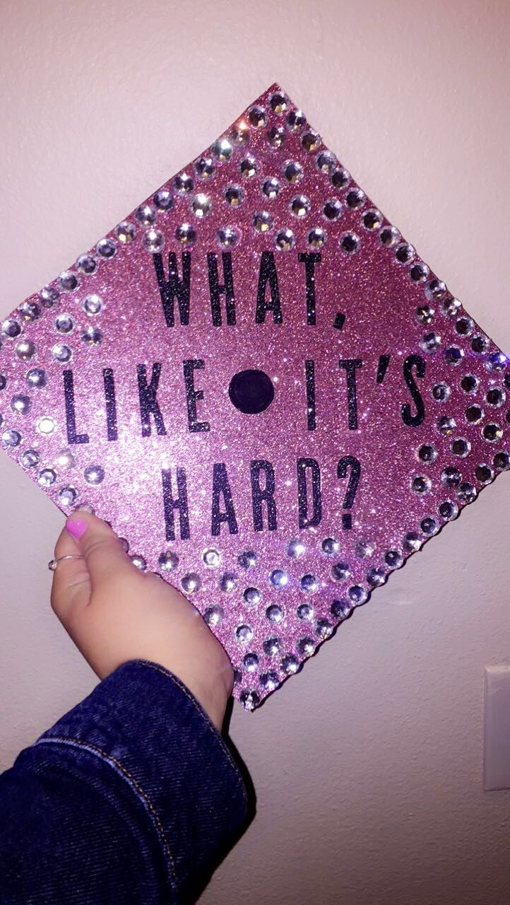 My legally blonde inspired graduation cap!!
