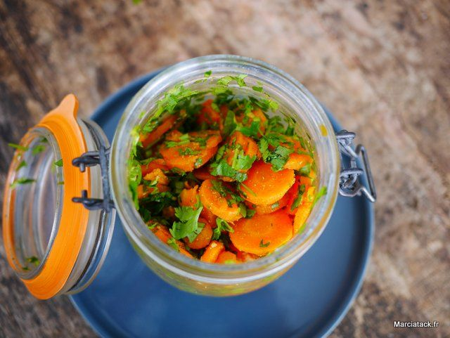 Découvrez la recette marocaine de la salade de carottes cuites au cumin et la coriandre, un vrai délice et une recette facile à faire