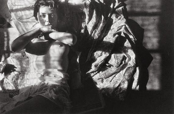 Saul Leiter/ Early Black and White