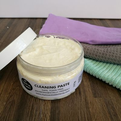 NATURAL CLEANING PASTE