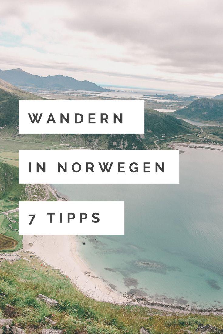 7 Tipps für das Wandern in Norwegen auf den wunderschönen Lofoten. Die Landschaft der Lofoten ist vielseitig, einzigartig und besteht aus 80 kleinen Inseln. Sie liegen verstreut auf den turbulenten Gewässern des Europäischen Nordmeers, weit oberhalb des Polarkreises. Nicht nur die Gelassenheit der Menschen machen diesen Ort zu etwas ganz Besonderem, sondern auch die Tiere, die frei durch die Natur traben. Unser Ausgangspunkt dieser Reise war Narvik, hier landeten wir und starteten unsere…
