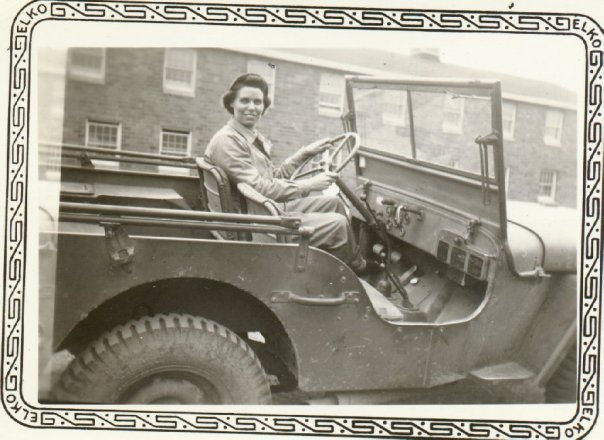 Wac Driving A Jeep Women During Ww1 And Ww2