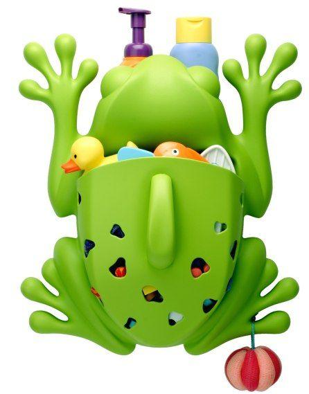 De frog pod is speciaal ontwikkeld om makkelijk en snel de badspeeltjes uit bad te vissen, af te spoelen, ophangen en drogen. Aan de vingers en voeten kunnen ook speeltjes opgehangen worden.Verstopt achter de ogen van de kikker, kunnen gemakkelijk de shampoo flessen gezet worden.Kortom de frog pod is met zijn vrolijk design een ideaal hulp na het badderen, en de speeltjes zijn veilig opgeborgen, zodat je kindje er niet over kan struikelen.