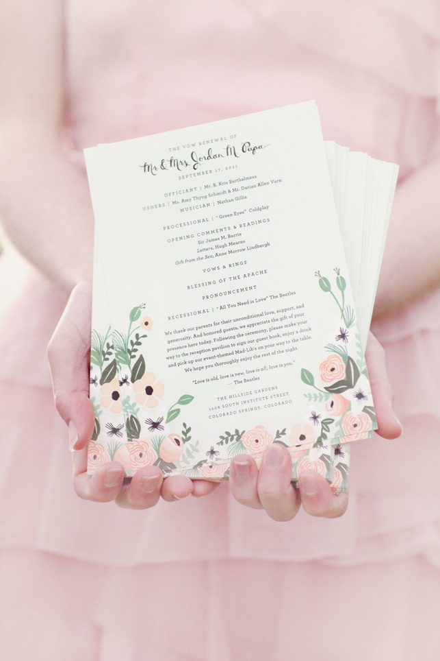 LOVE these invites from riflepaperco.com /  Photography by simplybloomphotography.com