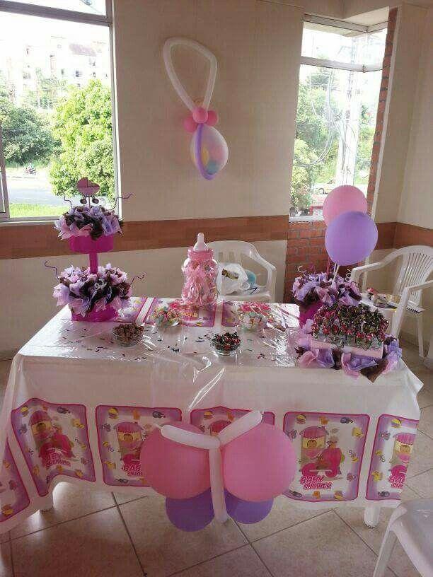 Mesa de dulces  baby shower niña
